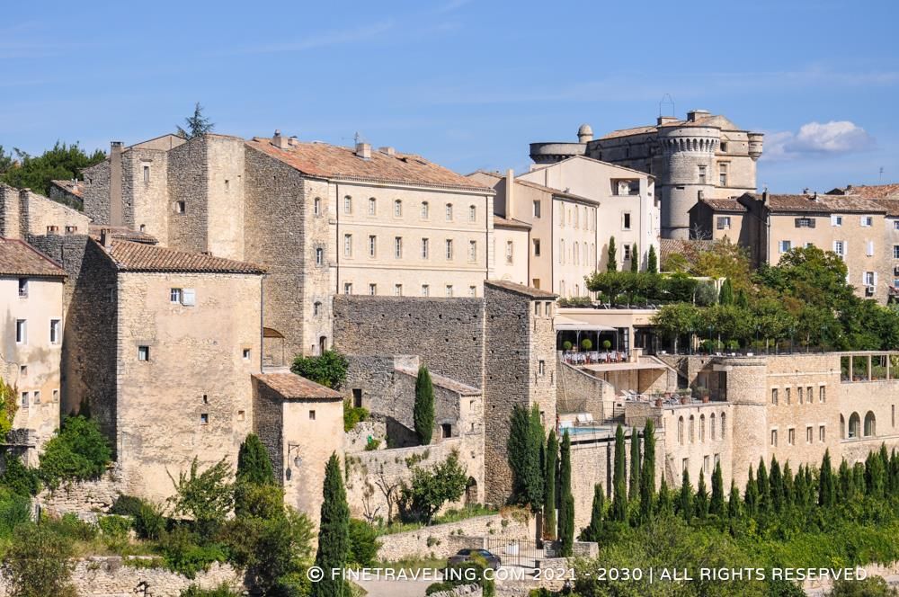 La bastide de gordes gordes hotel reviews fine traveling for At home architecture 84220 gordes