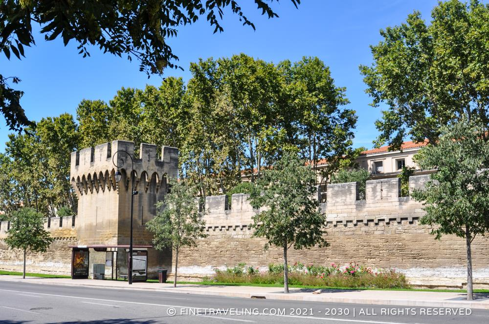 avignon city gate porte de la republique and ramparts things to do in avignon fine traveling. Black Bedroom Furniture Sets. Home Design Ideas