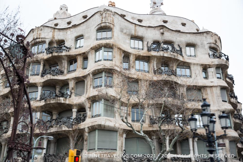 casa mila la pedrera things to do in barcelona www. Black Bedroom Furniture Sets. Home Design Ideas